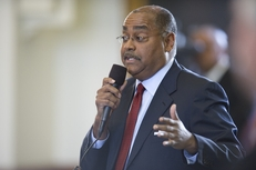 Sen. Rodney Ellis, D-Houston, speaks against the motion to adopt the Senate version of the state budget on May 4, 2011.
