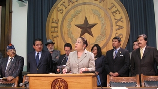 Nina Perales of MALDEF and others from the Texas Latino Redistricting Task Force present proposal for two new Latino-majority congressional seats in Texas.