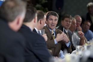 Gov. Rick Perry lunches with business leaders at the Star Restaurant in Dubuque, Iowa, on Aug. 16, 2011.