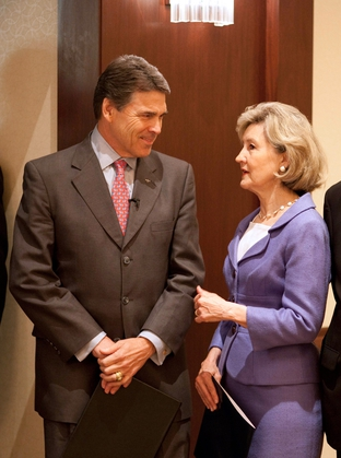 Kay Bailey Hutchison endorsing Rick Perry for governor at a Texas Federation of Republican Women breakfast.