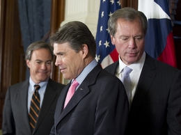 Texas' three leaders (l to r), House Speaker Joe Straus, Gov. Rick Perry and Lt. Gov. David Dewhurst appear at the Texas Capitol for their traditional post-session press conference on May 31, 2011.
