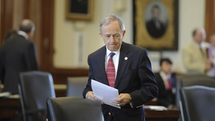 Sen. Jeff Wentworth, R-San Antonio, prepares to leave the Senate chamber after he tried to generate support for his guns-on-campus bill SB354 on April 11, 2011