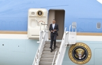 President Obama arrives on Air Force One in Austin, Texas May 10th, 2011