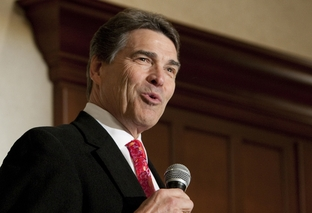 Gov. Rick Perry speaks at Williamson County Republican dinner in Round Rock, his first public speech since leaving the presidential race.