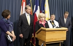 Sen. Jane Nelson and Lt. Gov. David Dewhurst at a press conference to introduce health care legislation.