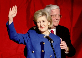 Kay Bailey Hutchison concedes 2010 gubernatorial election