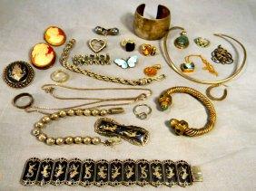 Lot August 24th Antiques & Collectibles Auction