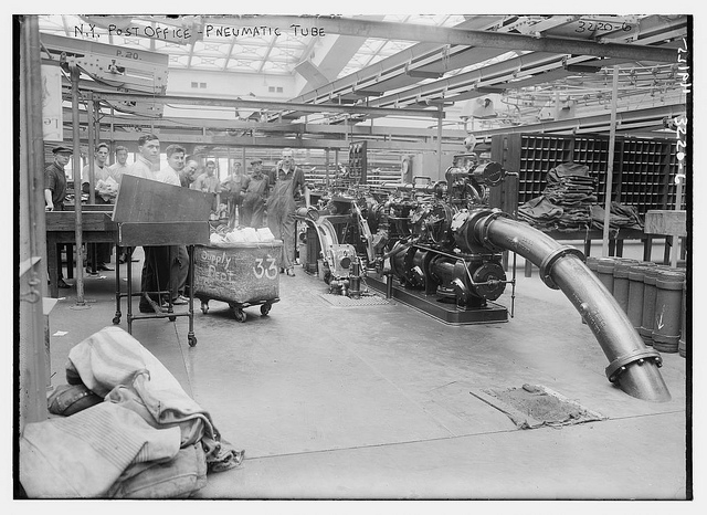 Pneumatic tube at New York's Post Office