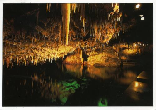 My first card from Bermuda! Crystal Caves.Thank you The Westheads!