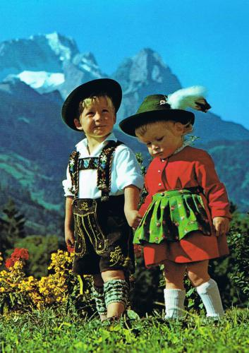 traditional dress of Bavaria