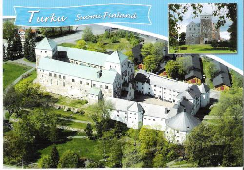 This beautiful card shows Turku Castle in Turku, the oldest town in Finland!  Thanks again, Tanja!