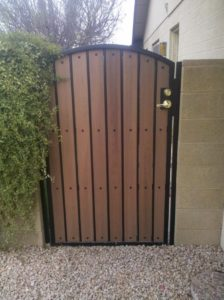 Composite Board Arch-Top-Double Lock Box Yard Gate