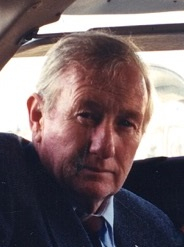 Daniel E._Chauvet