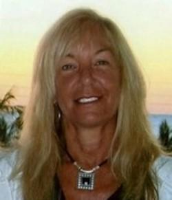 Diane E._Petitt