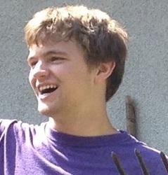 Evan_Stapleton-Hart