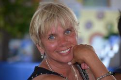 Jeanne M._Senecal