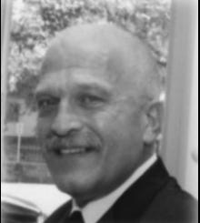 Kenneth W._Piesz