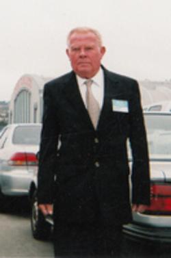Larry L._Everhart