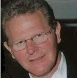 Larry W._Royal