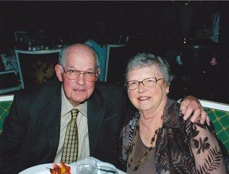 Leslie R & Barbara L_Jones