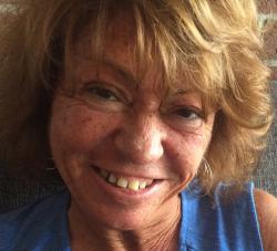 Linda J._Avery