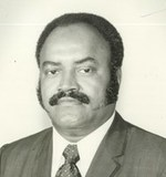 Lonnie E Blackwell