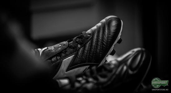play, classic, nike, adidas, puma, diadora, copa mundial, premier, king, fotball, fotballsko, skinn, klassisk, unisport, unisportstore