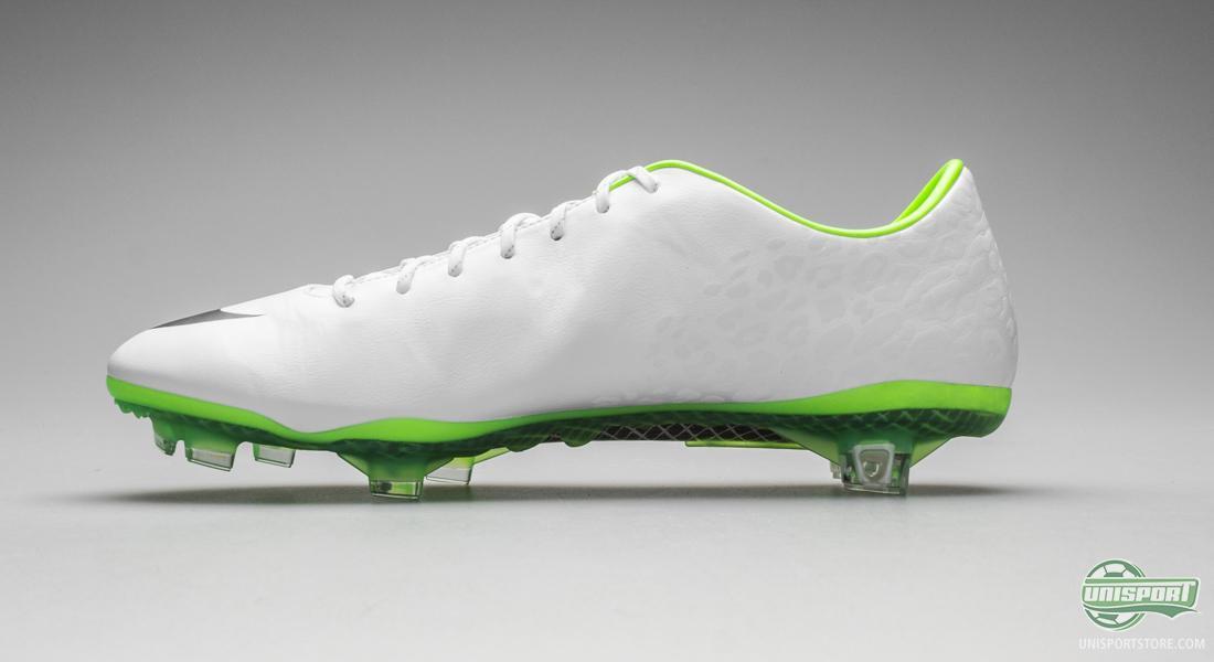 48a5b1932 Nike Mercurial Vapor IX - Can you catch the white flash