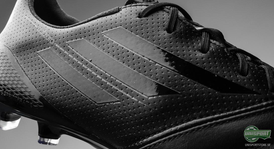 Adidas Svarta Fotbollsskor