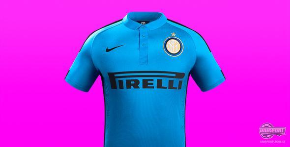 Inter lyser på bortaplan med ljusblå tredjetröja