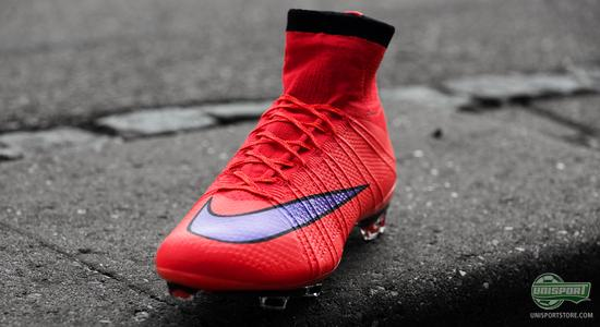 big sale 3f76a 52568 Any views you might have of the boot were further challenged, when Nike  presented their new Mercurial Superfly last year in a Hyperpunch colourway.