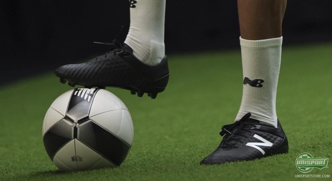 nb shoes football