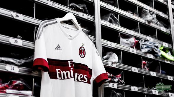 AC Milan and adidas unveil the Rossoneri's new away-shirt