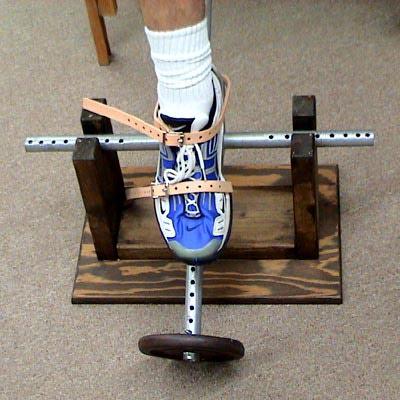 Foot tilt front