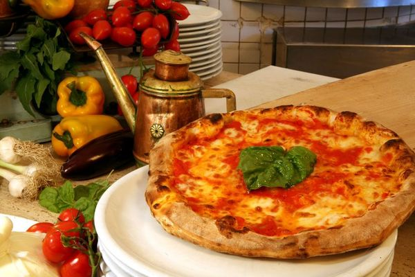 Classic Italian Recipe: Pizza Margherita