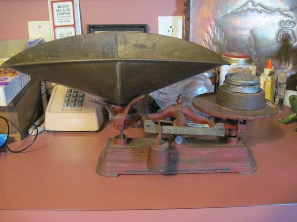 Tipping The Scales - A Round-Up Of Vintage And Antique Weighing Instruments!