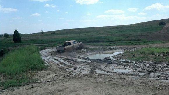 2006 dodge ram in mud