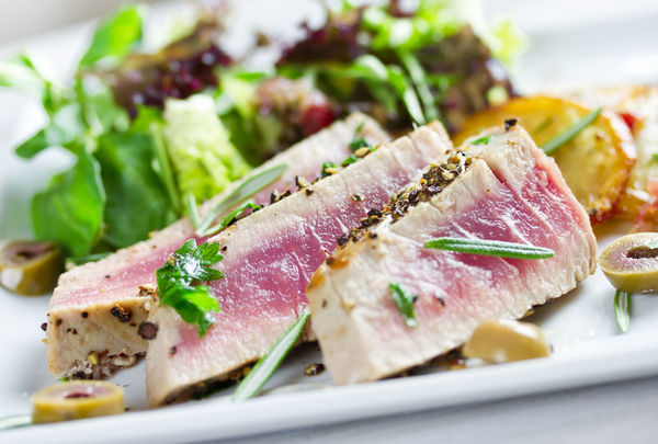 pan seared tuna steak