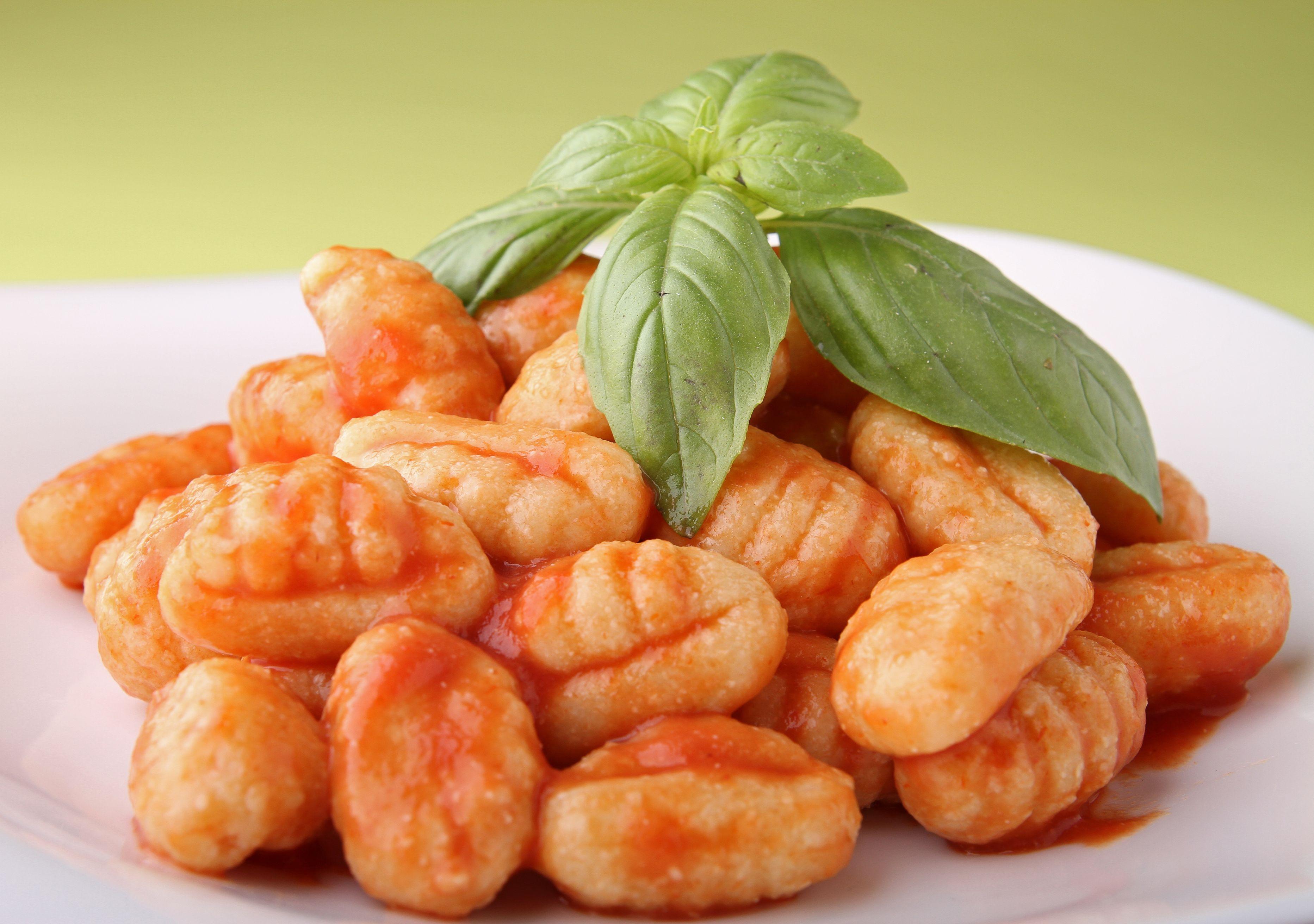 Pasta Recipe: Potato Gnocchi - 12 Tomatoes