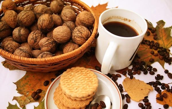 Dessert Recipe: Maple Cream Cookies