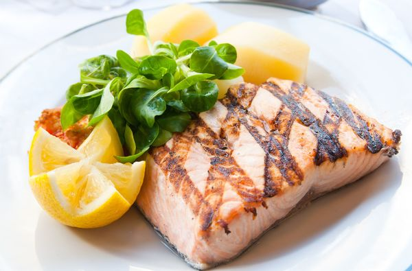 Simple Seafood Recipe: Grilled Salmon