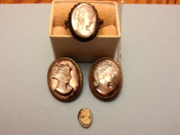 Antique Spotlight: Cameo Jewelry