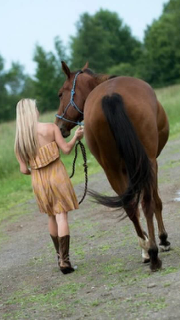 girl and horse