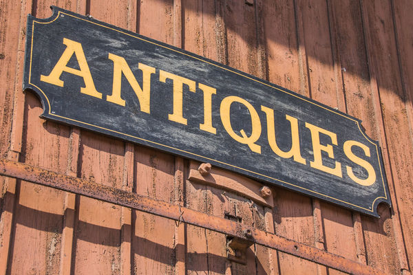 Antiques for Beginners: 5 Tips for New Collectors