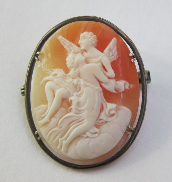 Antique Spotlight: All About Cameos