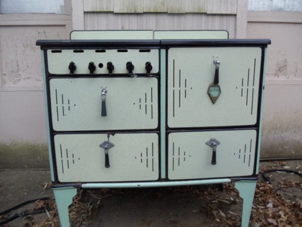 antique kitchen stoves
