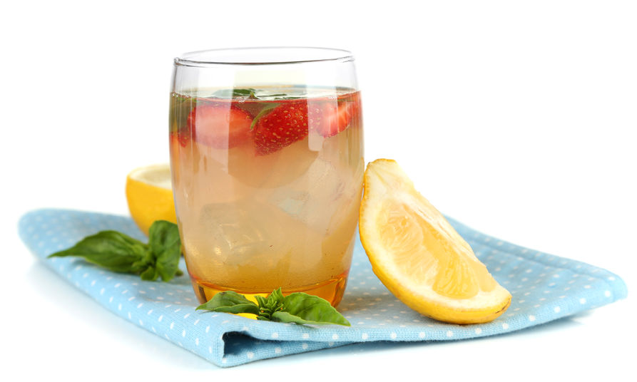 Lemonade with a Twist: Strawberry Basil Refresher - 12 Tomatoes