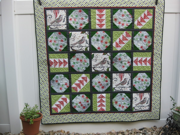 6 Amazing and Free Christmas Quilt Patterns