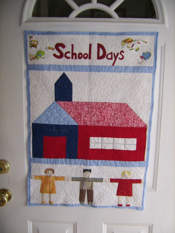 September 18 featured quilts on 24 blocks 24 blocks for Front door quilt pattern