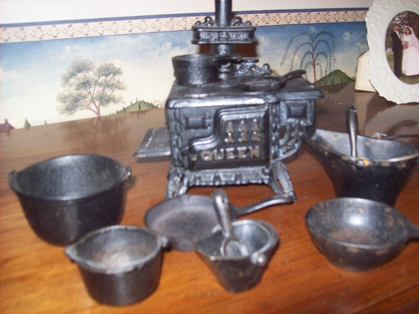 Check Out These Stove Toy Sets! What Sets Did You Play With?